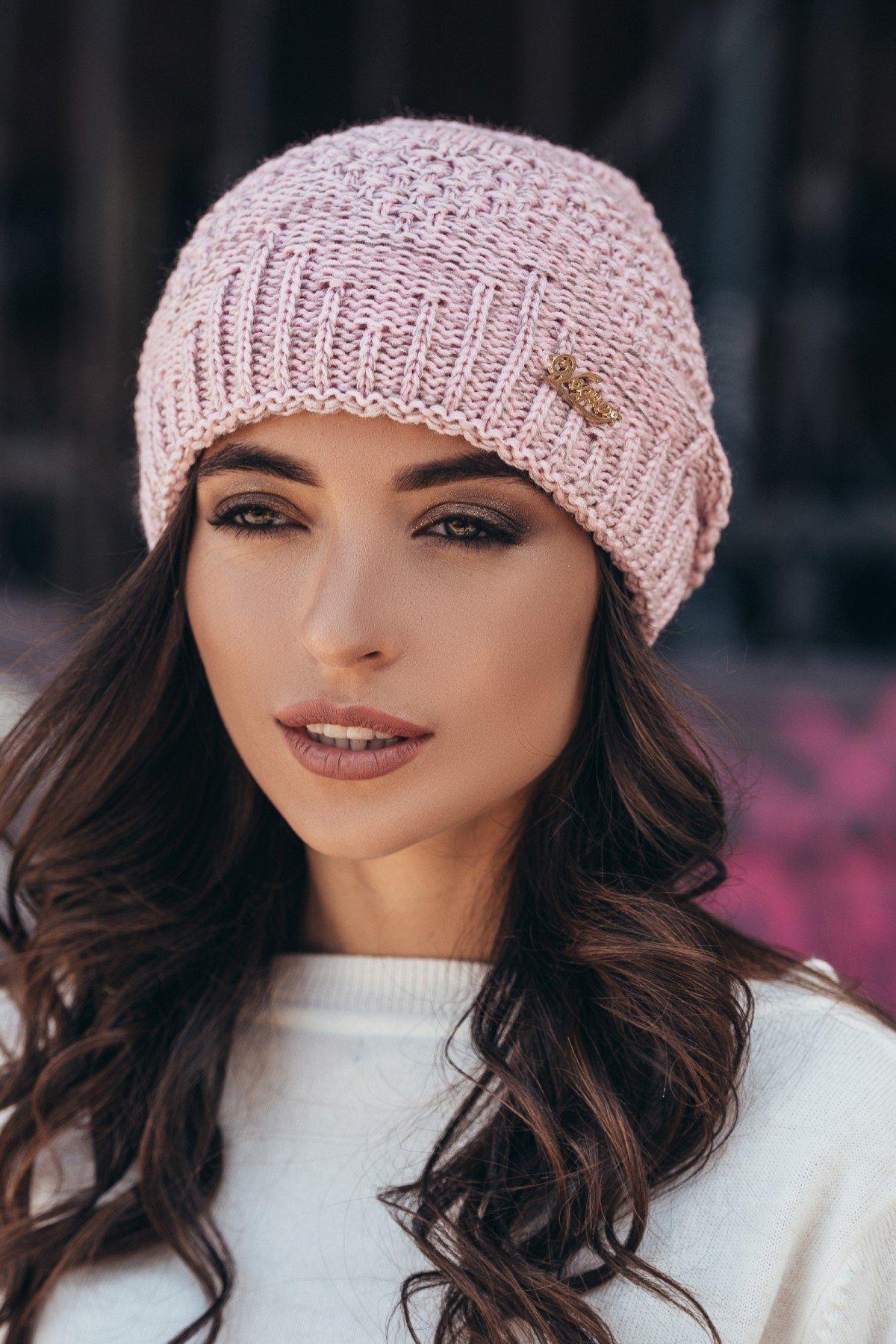 женская вязаная шапка айси розовый меланж